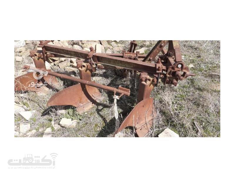 فروش گاوآهن رومانی و خرمنکوب دسته دوم