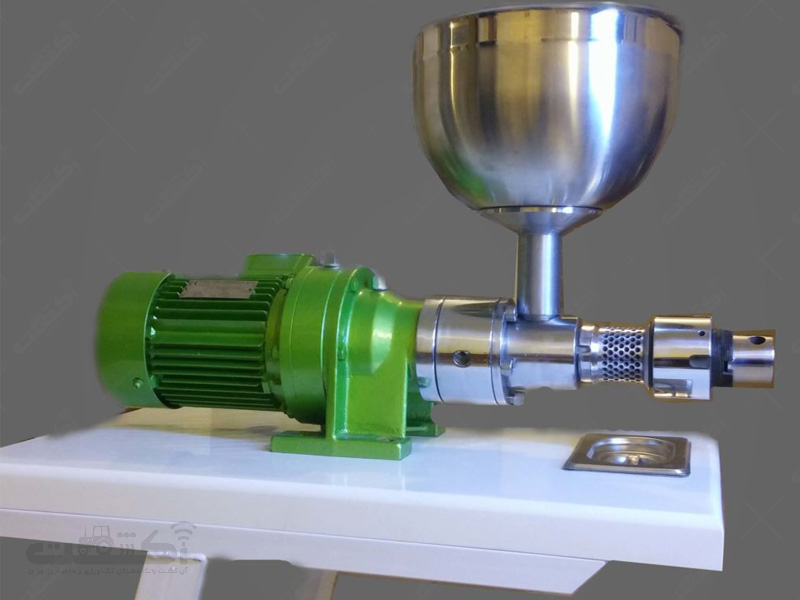 تولید کننده انواع دستگاه های روغن کشی ، ارده گیر و کره ساز